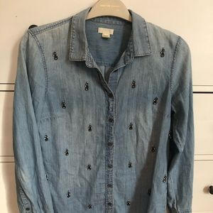Chambray shirt with jewel details